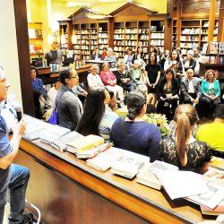 Kawenni:io/Gaweni:yo Elementary students book signing hits Toronto